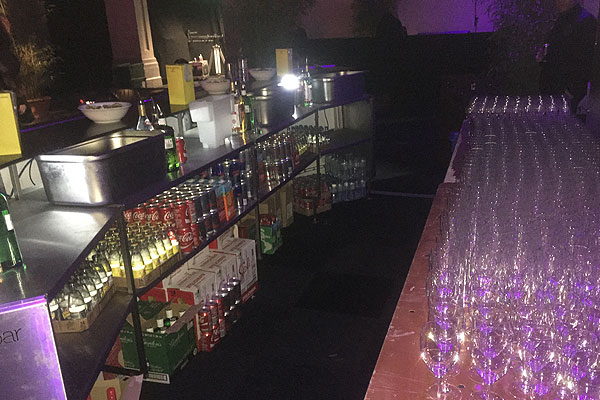 Portable bar hire for events